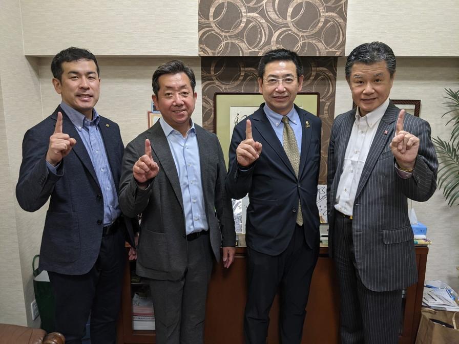 フェンシング日本代表監督橋本先生来校_210416_18.jpg