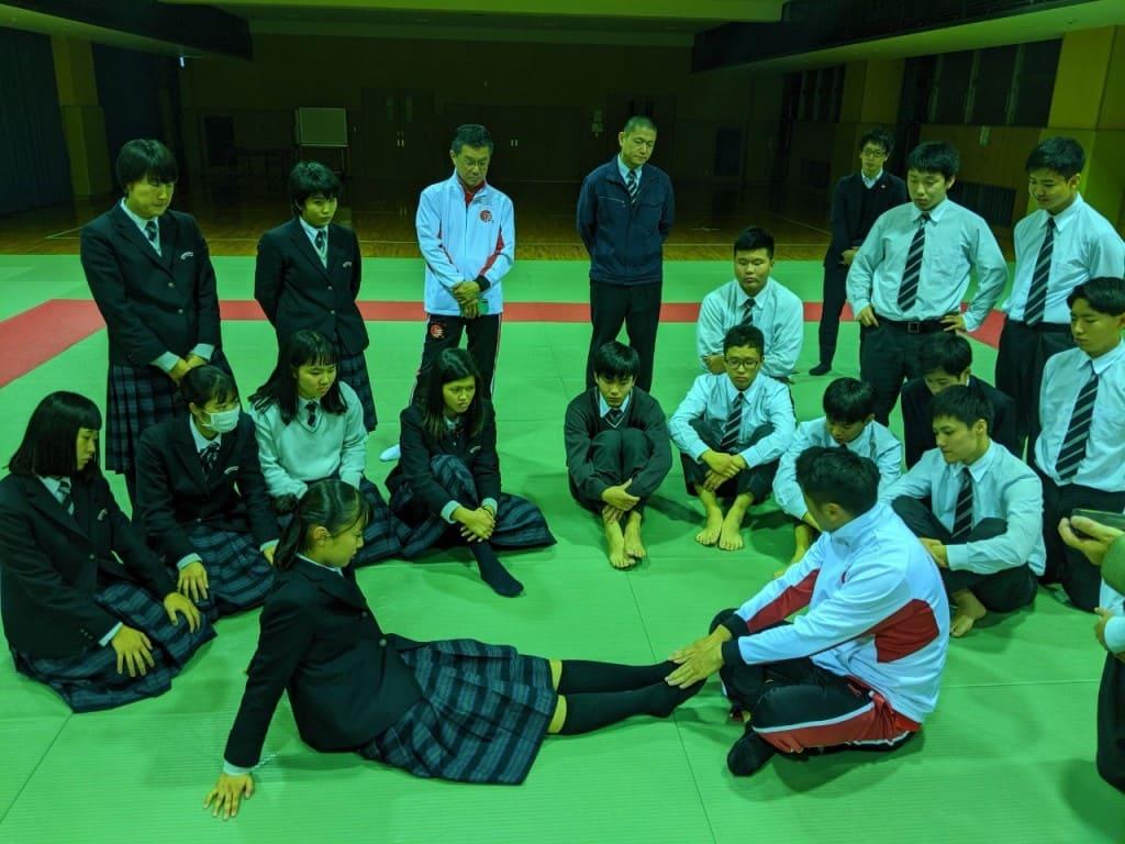 関西福祉科学大学高校日本拳法部ガイダンス_191126_0041-1024x768.jpg