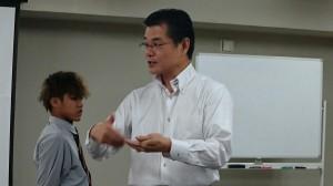 近畿医療理事長小林先生が伯太高校の生徒へメッセージ