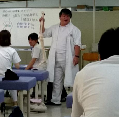 井内先生の教育実習の様子①