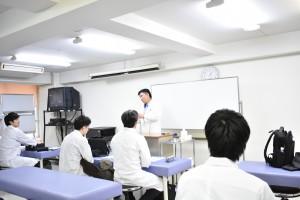 顔面麻痺についての講義