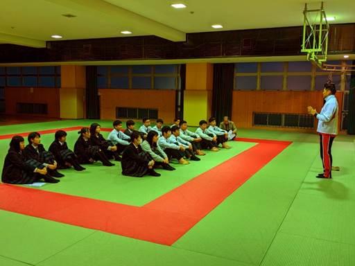 関西福祉科学大学高校日本拳法部ガイダンス_191126_0021